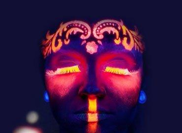 Maquillaje Neon Fluorescente